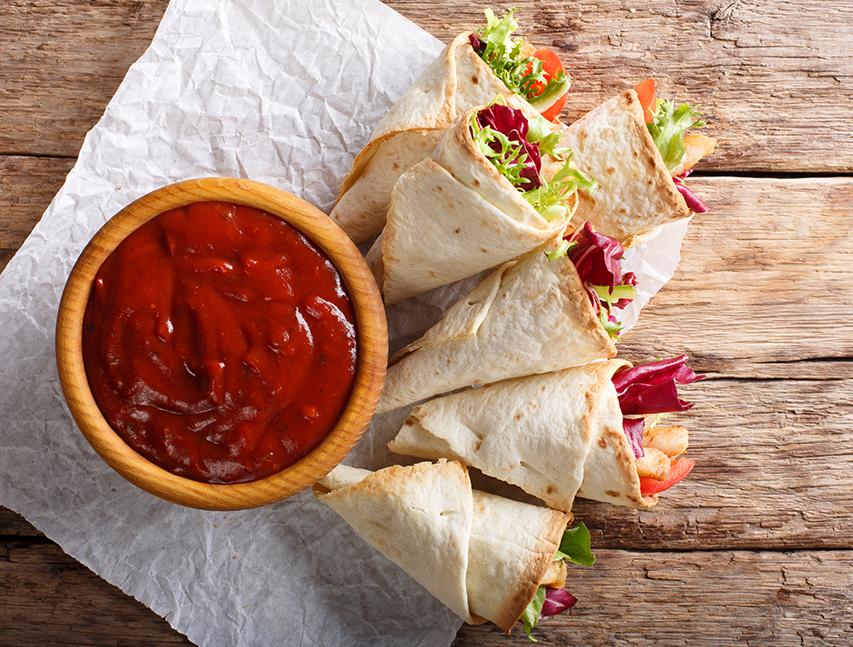 Conos de pollo en salsa de tomate a la Richly